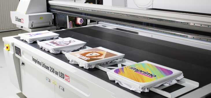 Impresión de camisetas en modo producción